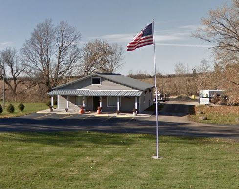 Landscape Supplies Store - Advance Lawn Service Company, Hartford WI