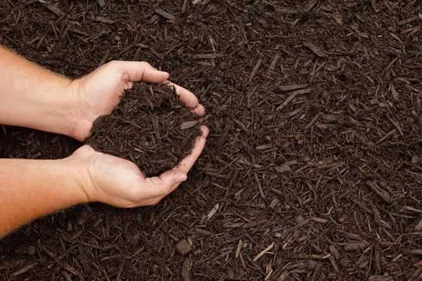 Landscape Supplies - Mulch from Advance Lawn Service Company - Hartford WI