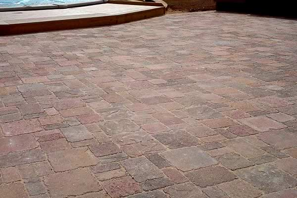 Paver Patio Services from Advance Lawn Service Company - Hartford WI