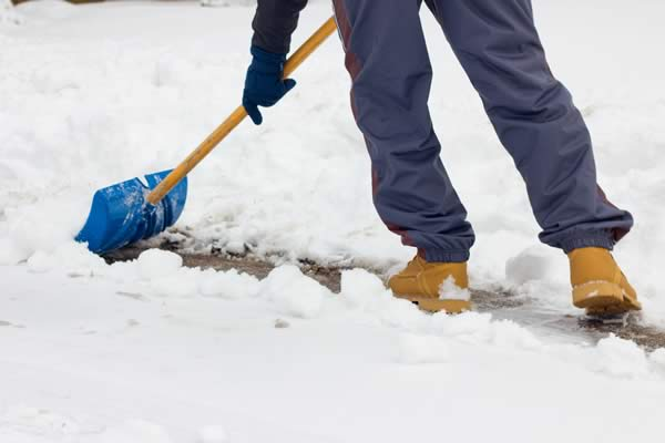 Sidewalk Snow Removal by Advance Lawn Services in Hartford WI